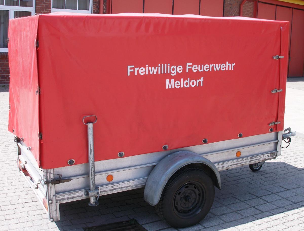 MED-FF-6_Oelschaden-Anhaenger